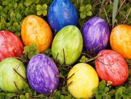 11.4. / fröhliches Eiertütschen wünscht Erika